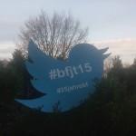 Twitter-Vogel mit Jahrestagungshashtags. Foto: Anne Betten.