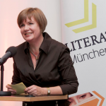 Silke Weniger bei der Verleihung des Bayerischen Kleinverlagspreis.