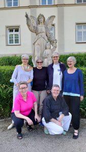 Personal Performance 2021. Das Bild zeigt die Teilnehmerinnen Anja Lösch, Frauke Ehlers, Susanne Martin, Angelika Rausch, Gesa Oldekamp und Trainerin Silke Buttgereit. Foto von Barbara Otto-Treutmann