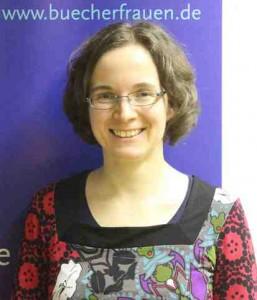 Die regionale Webfrau der Regionalgruppe Stuttgart: Claudia Reinert. Foto: Barbara Scholz.