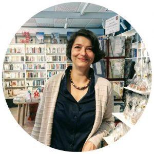 Pia Ziefle mit Kurzhaarfrisur in Unser Buchladen