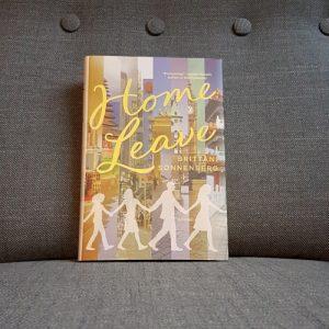 """Ansicht des Buchcovers von """"Home Leave"""" von Brittani Sonnenberg."""