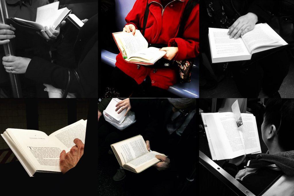 Viele verschiedene Menschen lesen während sie in der Subway sitzen in gebundenen Büchern